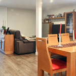 Salón comedor de casa modular de 150 m2