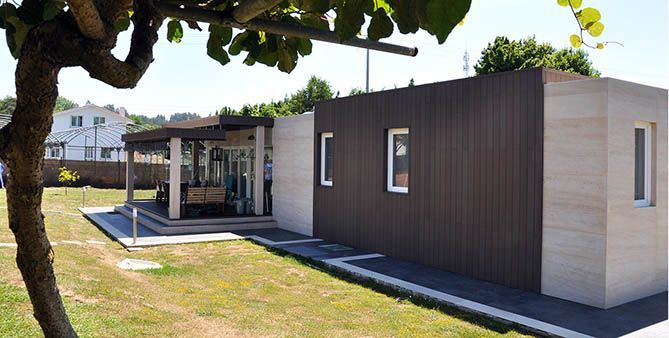 Casa prefabricada, lateral